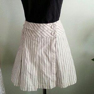 Banana Republic White Striped Wrap Pleated Skirt 6